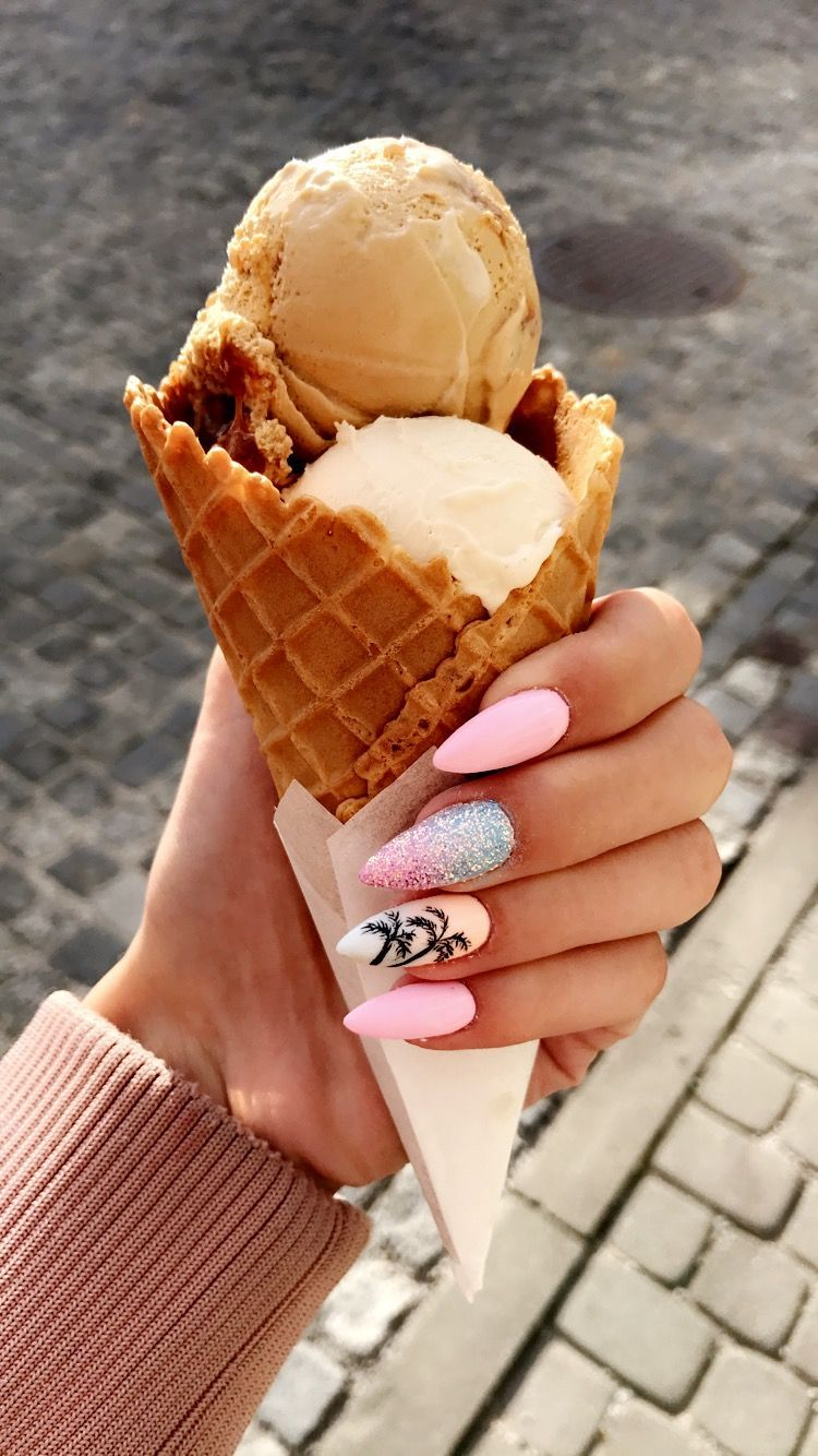 Summer nails palm pink pretty nails design nails in