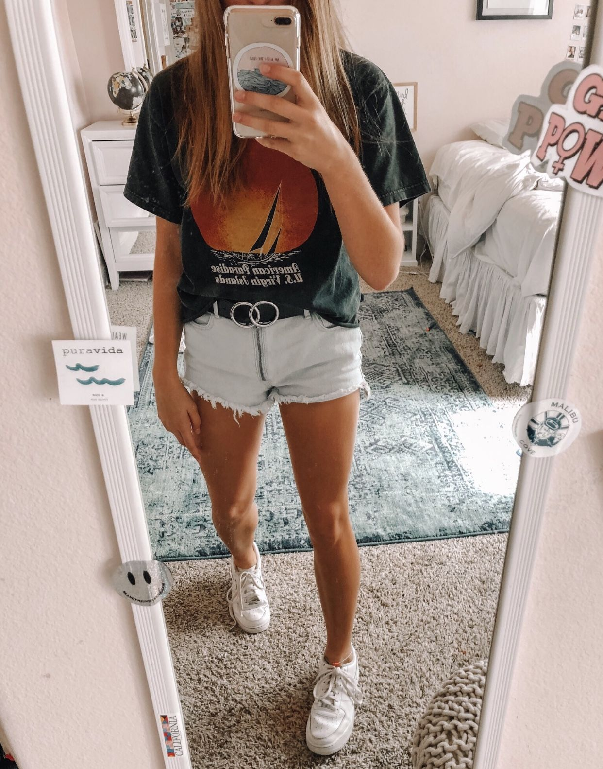 Pin by hailey ✰ on vsco favs in 2019   Short outfits, Shorts, White