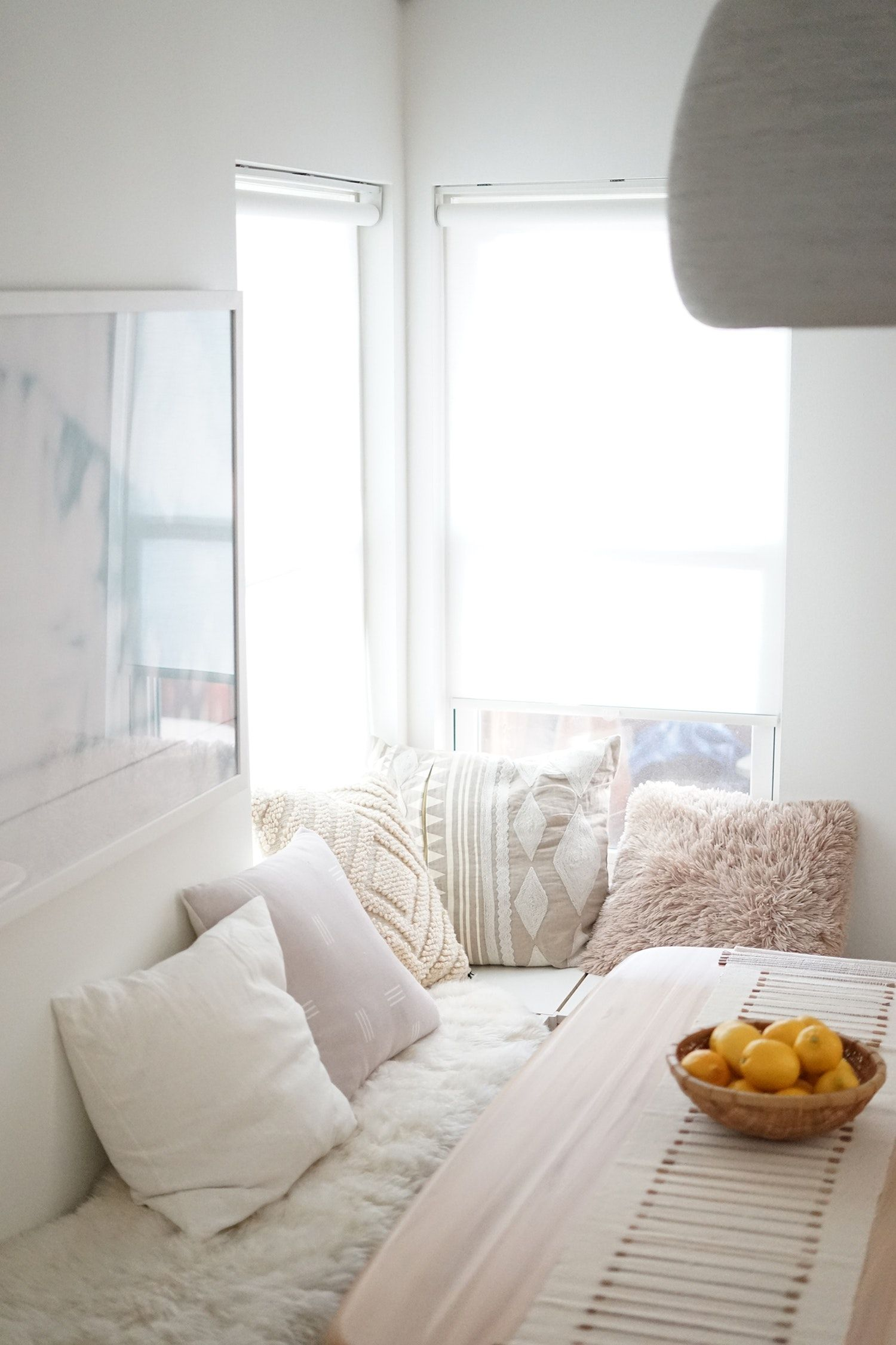 10 Ways To Fake A Window Seat Even As A Renter With Images Living Room Furniture Layout Cheap Patio Furniture Apartment Decor