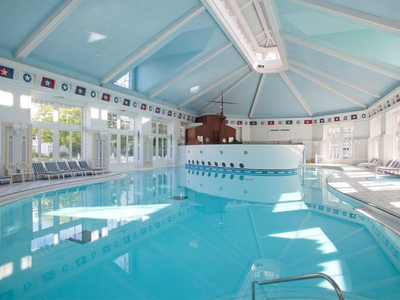 Disney Hotels, Hotel New York - Indoor Pool, Disneyland Paris - chambre des metiers de seine et marne