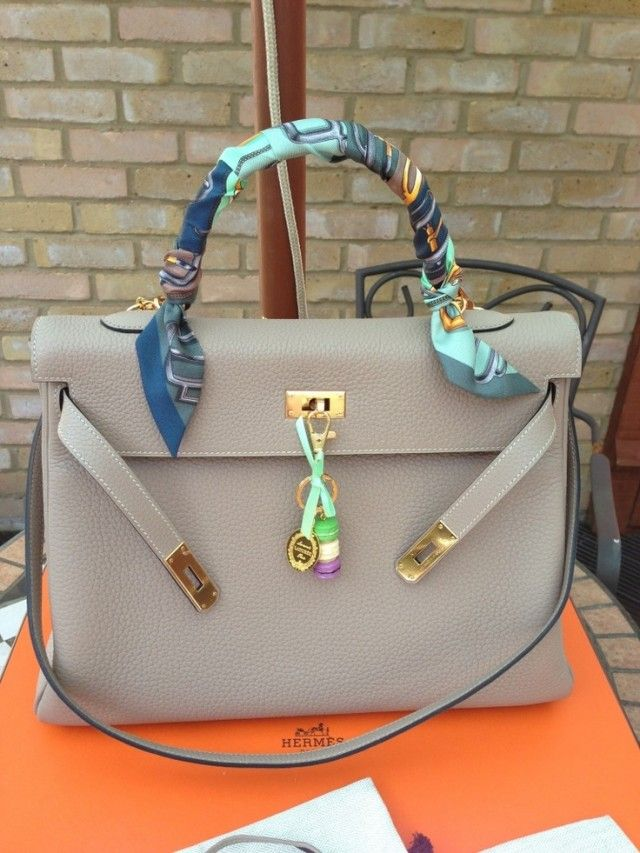 17 Cool Ways To Wear A Scarf In The Summer   Hermes handbags