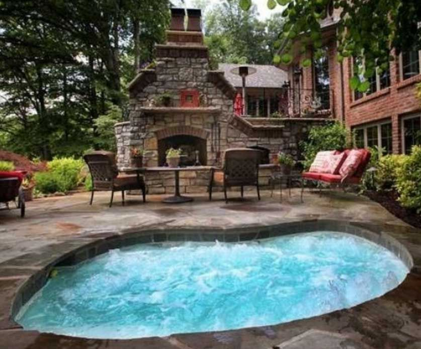 Large In Ground Hot Tub In Patio With 837