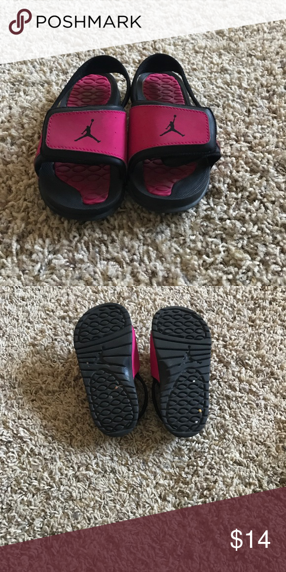 meet ee3d8 9a658 Toddler pink & black Jordan slides Toddler girl Jordan ...