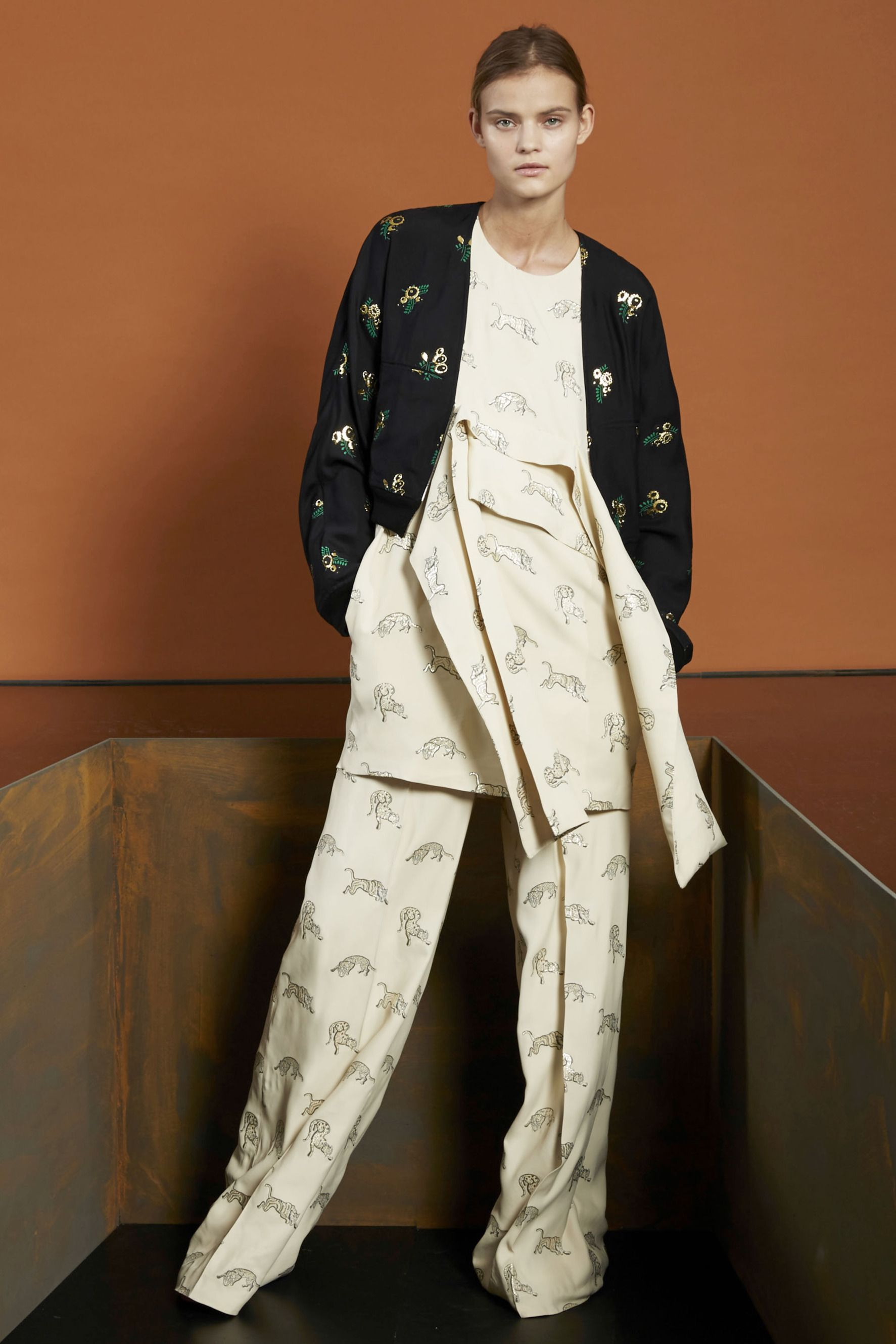 Interesting front tie on tunic top    Stella McCartney pre-fall 2015   #28 - The Cut