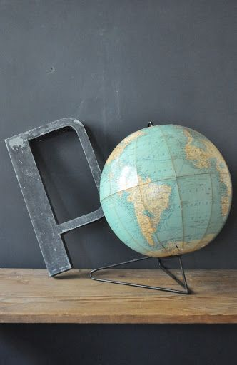 globe terrestre g l 0 b e pinterest more globe and map globe ideas. Black Bedroom Furniture Sets. Home Design Ideas
