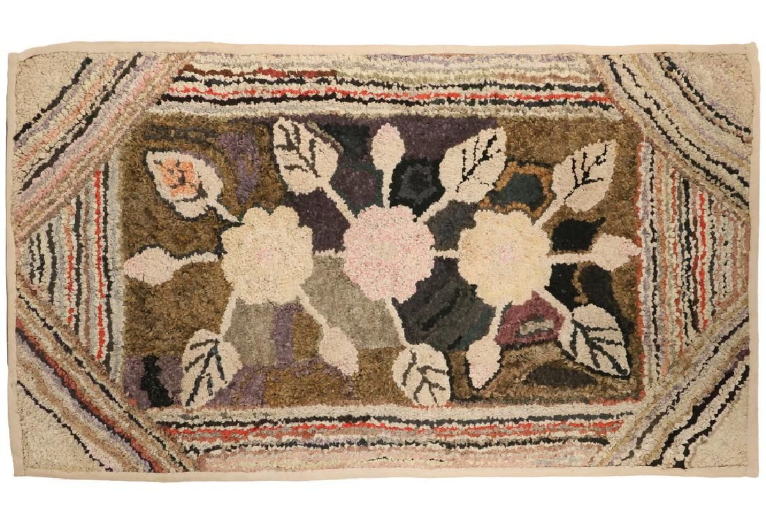Lot Hooked Rug On Stretcher 40 X 22 1 2