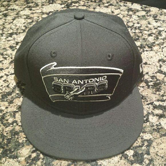 Mens San Antonio Spurs Hat! Mens San Antonio Spurs Hat 06fb1676aaa