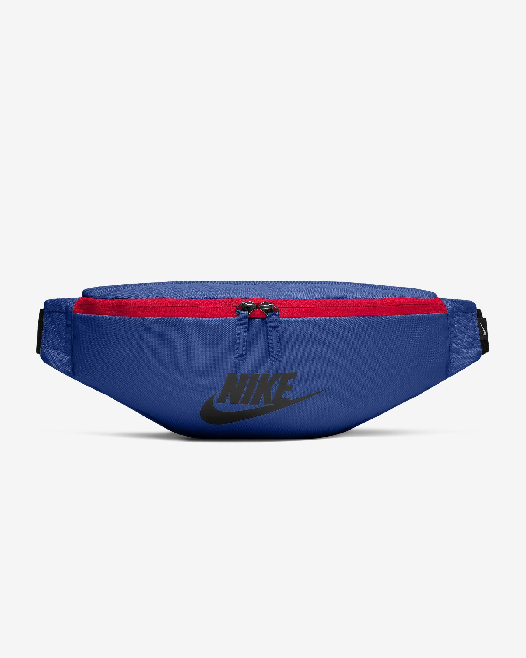 Nike Sportswear Heritage Hip Pack. Nike