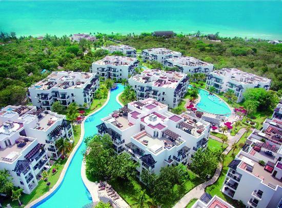 Resultado de imagen de Azul Fives Beach Hotel & Residences