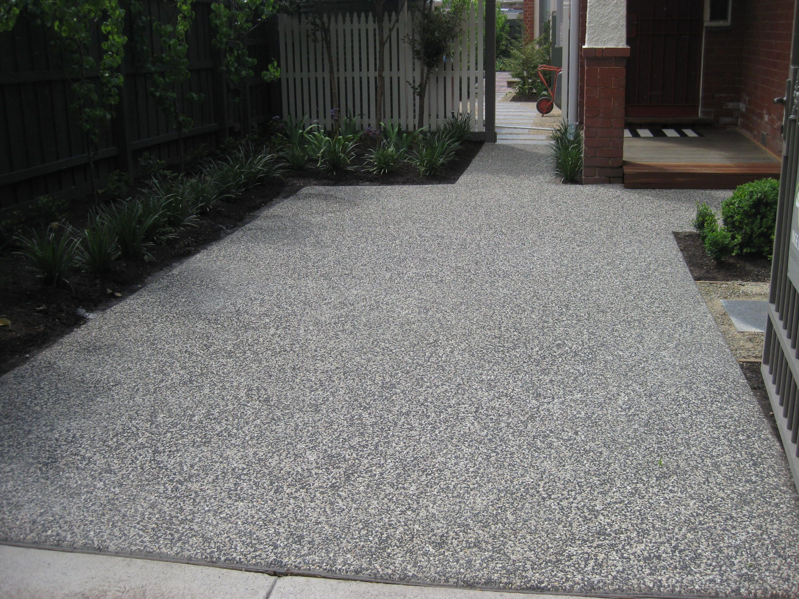 Exposed aggregate driveway pictures google search new for Cement driveway ideas