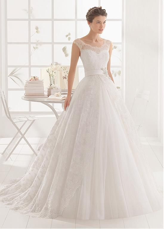 Order Customized Wedding Dresses At Cheap Price Come In And Get Your Dream On Big Day