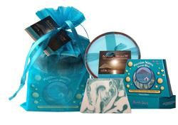 Hawaiian Waters Ocean Bliss Handmade Soap/Soy Poi Candle Gift Set
