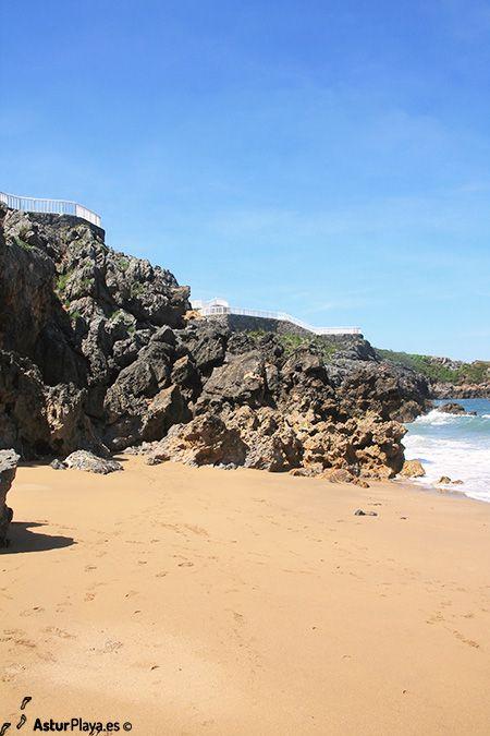 Los Curas beach in Perlora, Asturias - a view from below