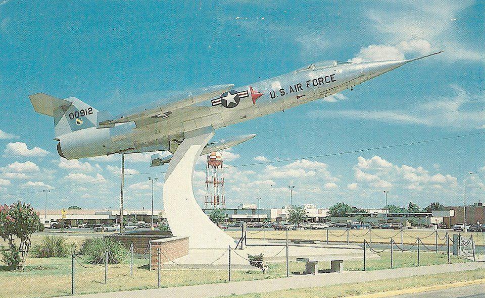 Sheppard AFB, Wichita Falls, TX F104, 1970s Wichita