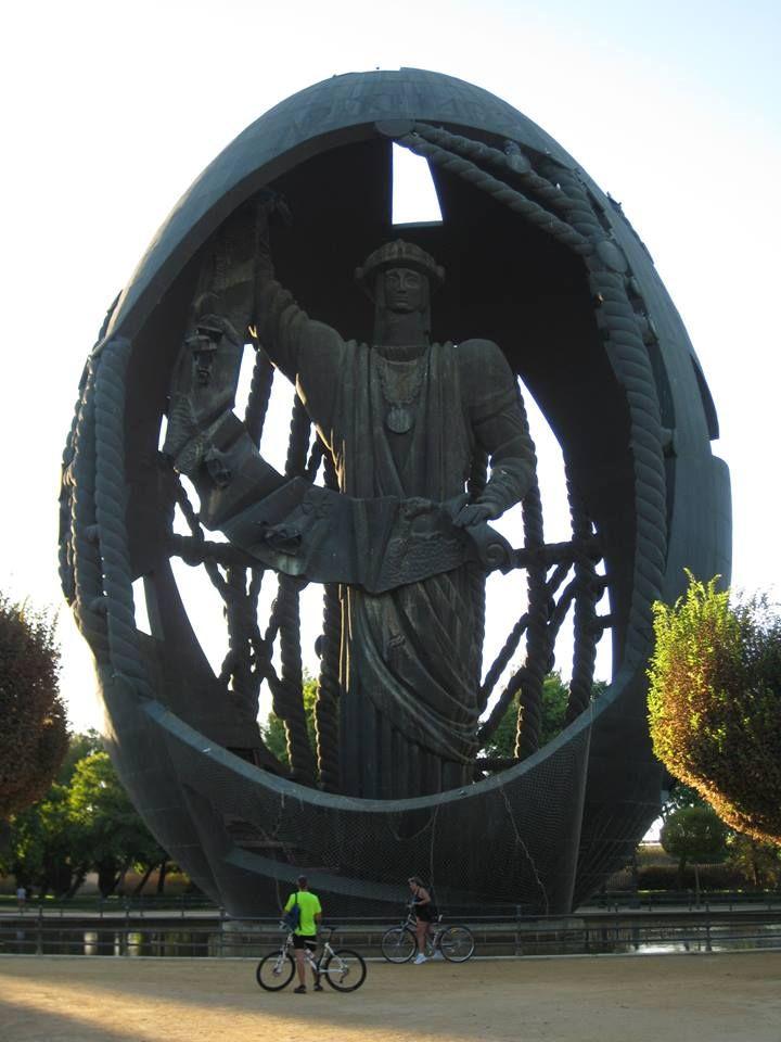 Monumento Colón. Sevilla