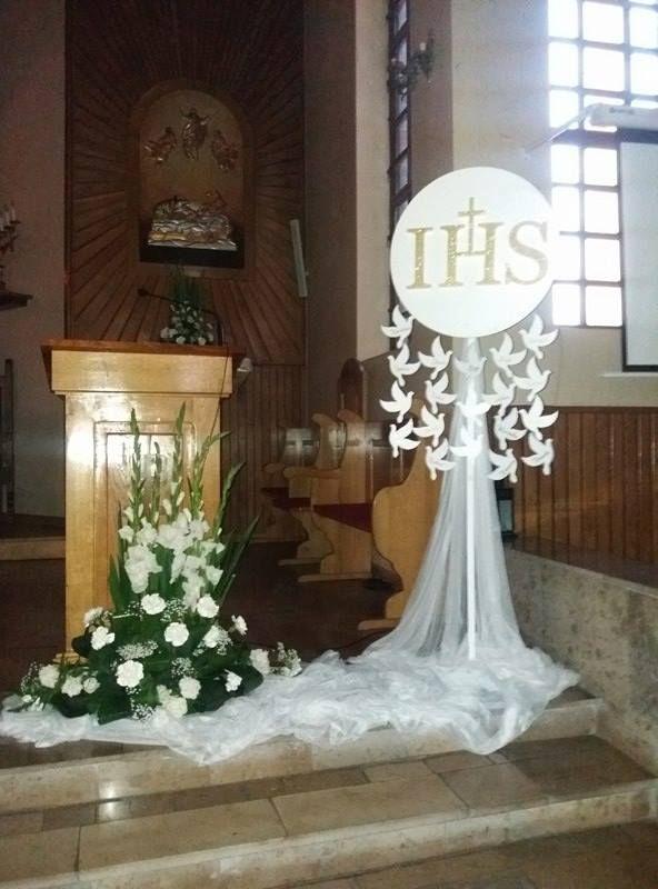 Go u0142 u0119bie styropianowe oraz hostia komunijna Idealna inspiracja do dekoracji na Pierwsz u0105 Komuni u0119  -> Decoração Para Primeira Comunhão Na Igreja