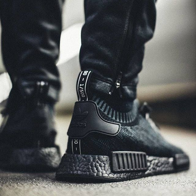 triple black adidas scarpe adidas pinterest nero