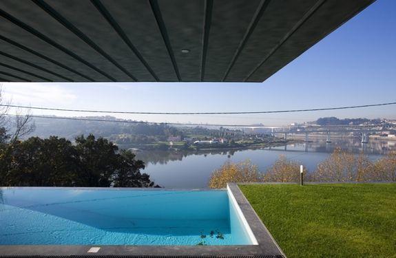 casa Ribeira de abade - Castanheira & Bastai Arquitectos