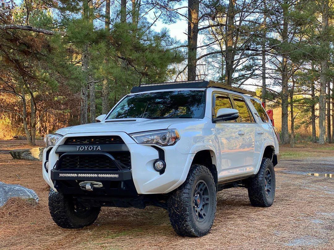 Inspiration Ideas for Toyota Trucks – White Lifted Toyota 4Runner