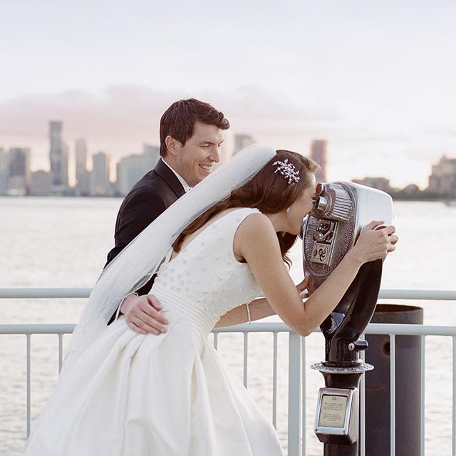 e3dbc95e26f8d Lighthouse by Chelsea Pier wedding | Pier Sixty Wedding | Manhattan Wedding  | Timeless Bride and Groom Portrait | Pronovias Wedding Gown | Pronovias  Bride ...