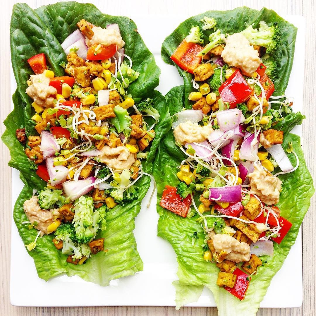 YUM: today's food inspiration for a dinner winner! These big juicy lettuce wraps are made by @gigigisele Check link in bio to find out this healthy and delicious recipe! #foodpics