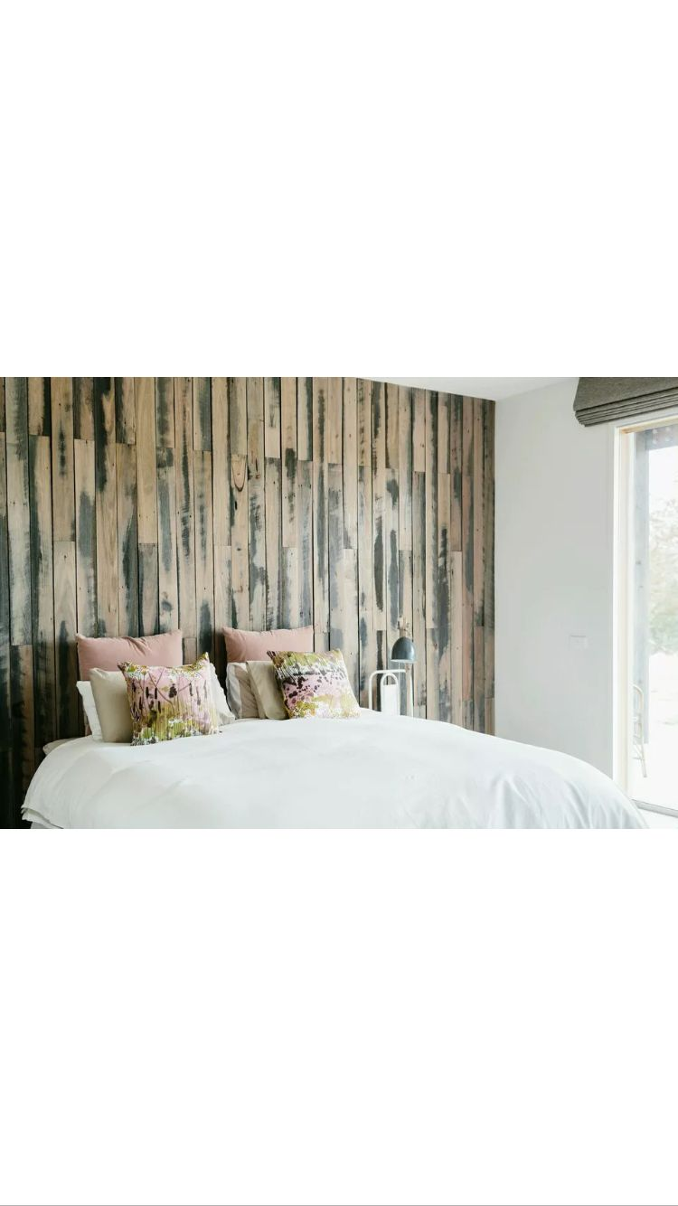 Recycled fence hardwood wall