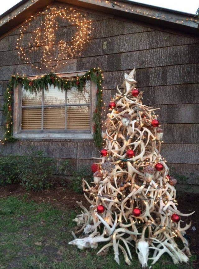 Shotgun shell lighted Christmas wreath |Redneck Grapevine Trees