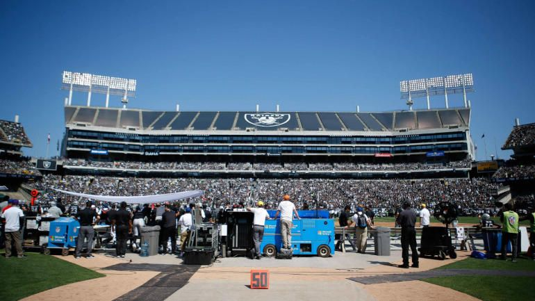 Raiders already discussing possible lease extension in Oakland - lease extension agreement