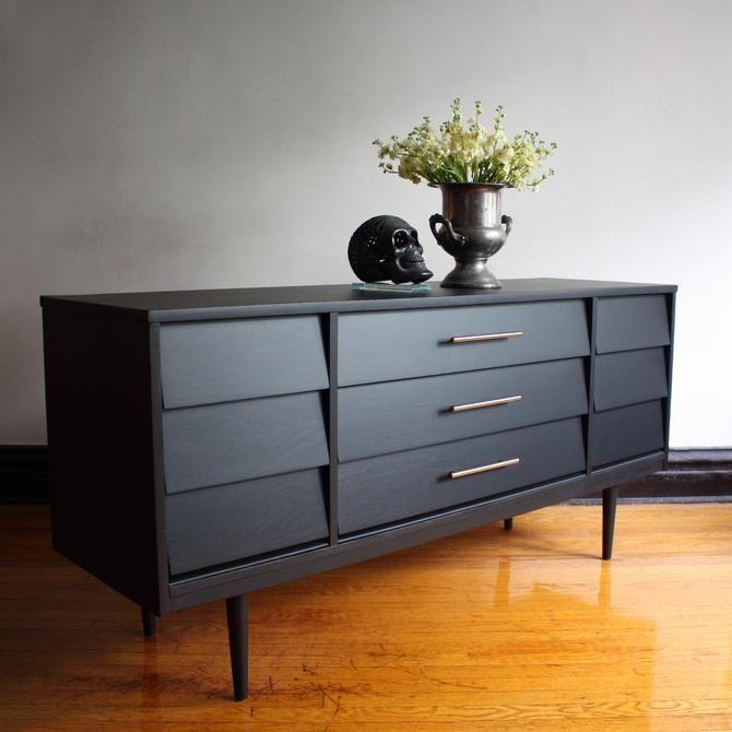 Best Matte Black Mid Century Modern Dresser By Dixie Vintage 400 x 300