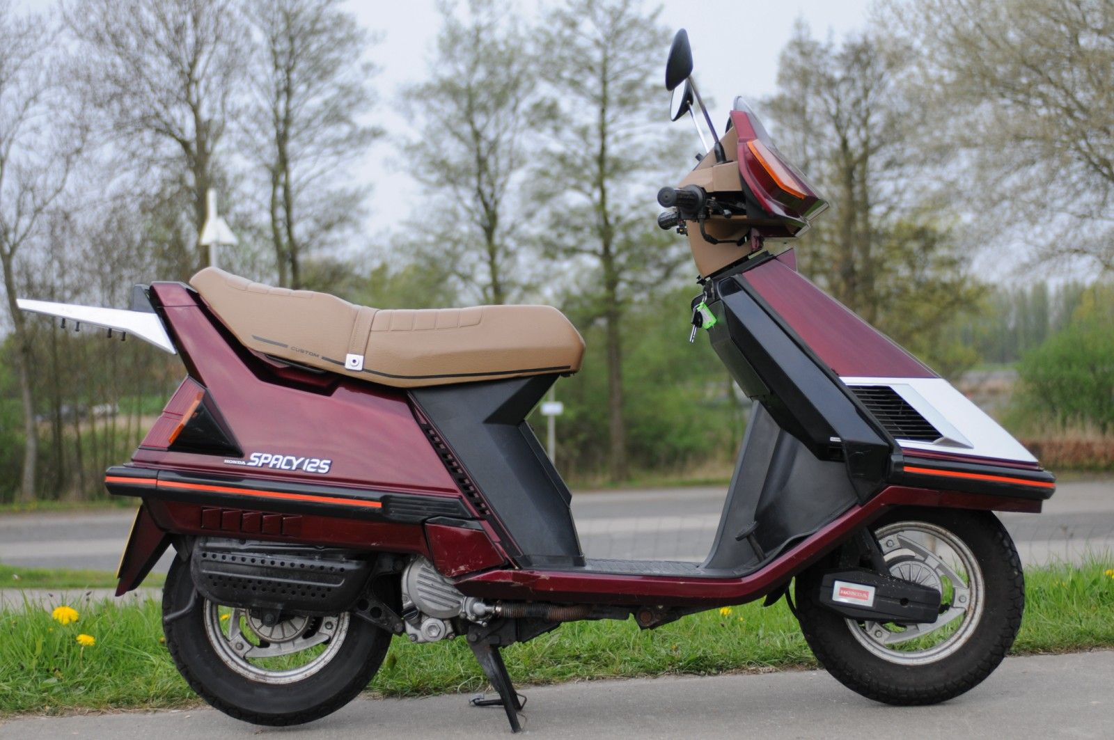 Honda Spacy 125 Scooter Scooter Design Honda Scooters