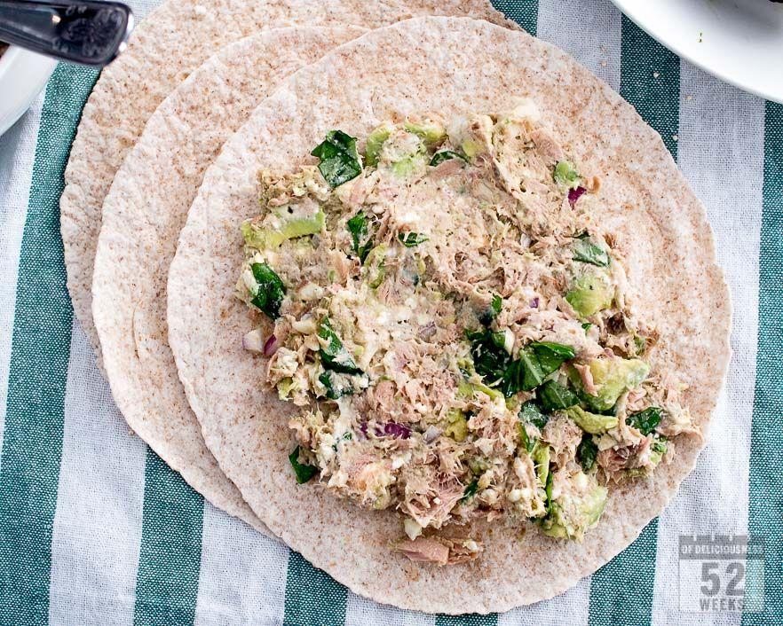 Tonnikala-avokadowrap / tuna - avocado wrap