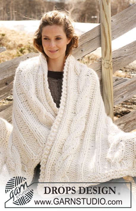 "Knitted DROPS blanket in ""Polaris"" with cables. ~ DROPS Design"