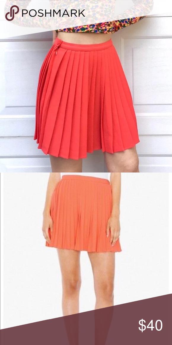 ed5b09482d American Apparel • Crepe Pleated Mini Skirt Sm - American Apparel - Women's  - Crepe