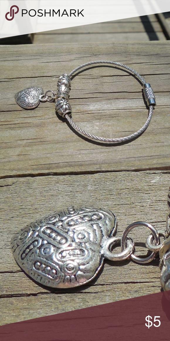 K 005 Filigree Heart Key Chain Heart Keychain Metal Charm Keychain
