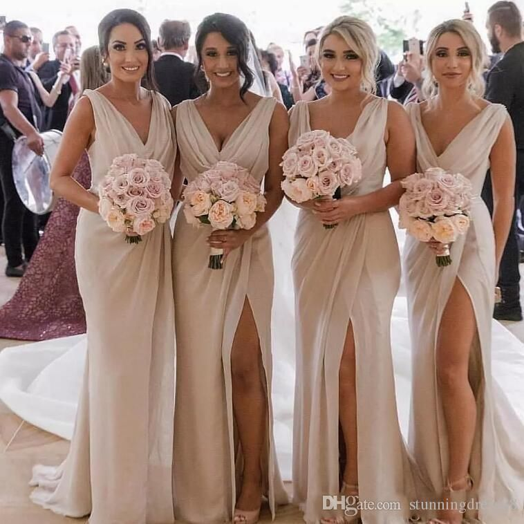 Elegant V Neck 2020 Bridesmaids Dresses Champagne Backless Chiffon