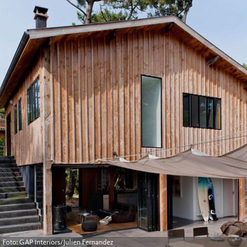 holzhaus mit au enbereich im natur look wohnen im natur look pinterest holzhaus haus und. Black Bedroom Furniture Sets. Home Design Ideas