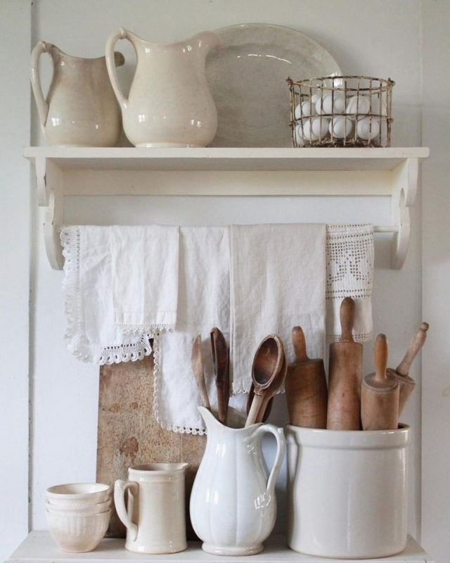 35 Dazzling Farmhouse Kitchen Storage Ideas