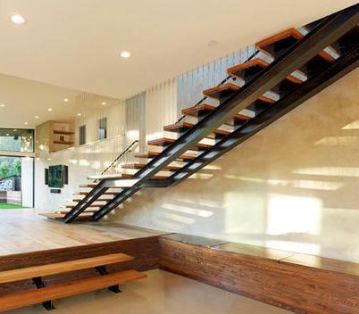 Fotos de escaleras escalera de madera para interiores for Planos de escaleras de hierro