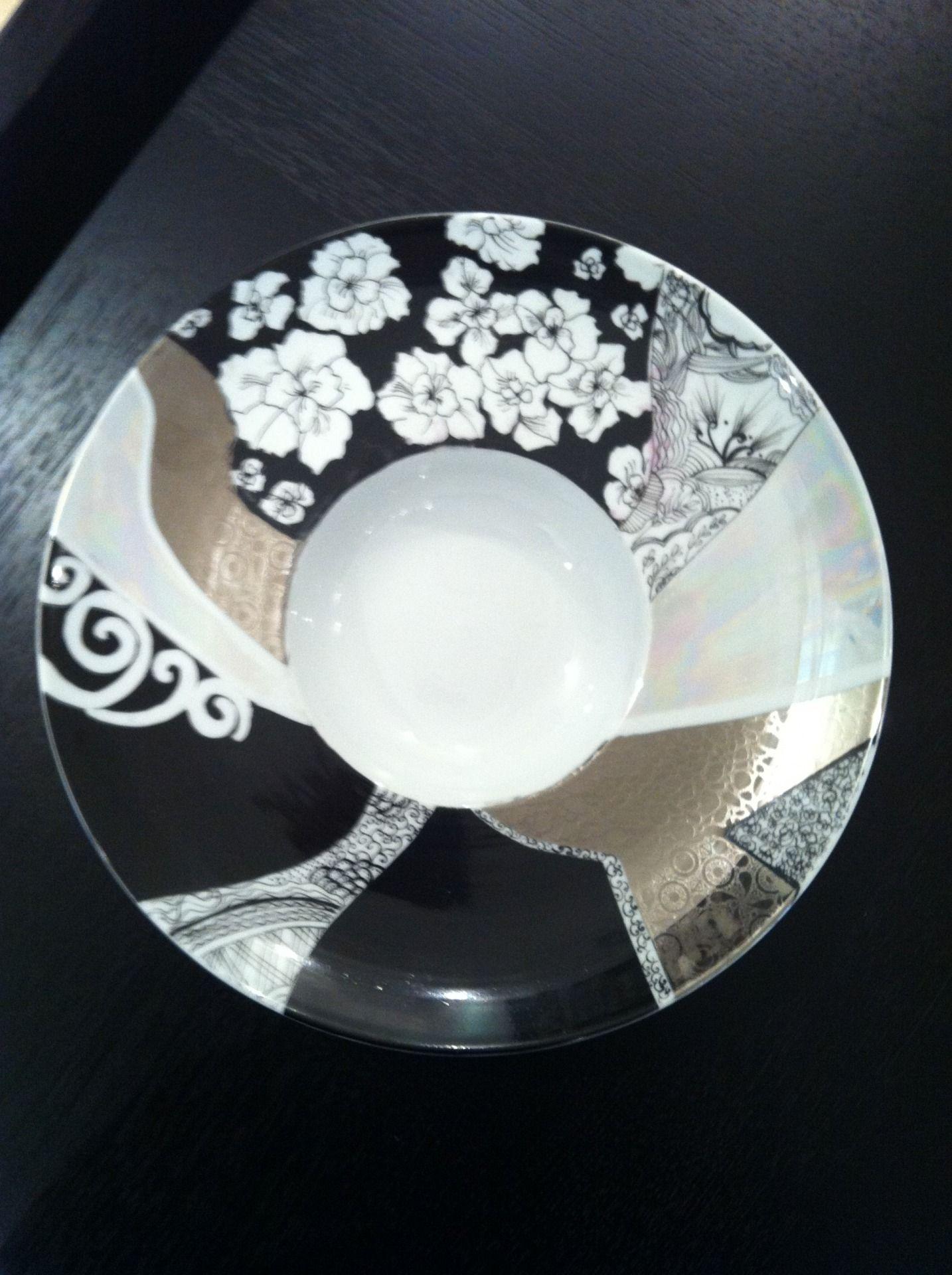 peinture sur porcelaine peintures par atelier de dikris peinture sur porcelaine pinterest. Black Bedroom Furniture Sets. Home Design Ideas