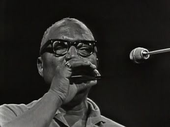 ♫ Sonny Terry & Brownie McGhee - 'Pretty Little Girl' (on CBC's Festival edition of The Blues in Canada from December 28, 1966)