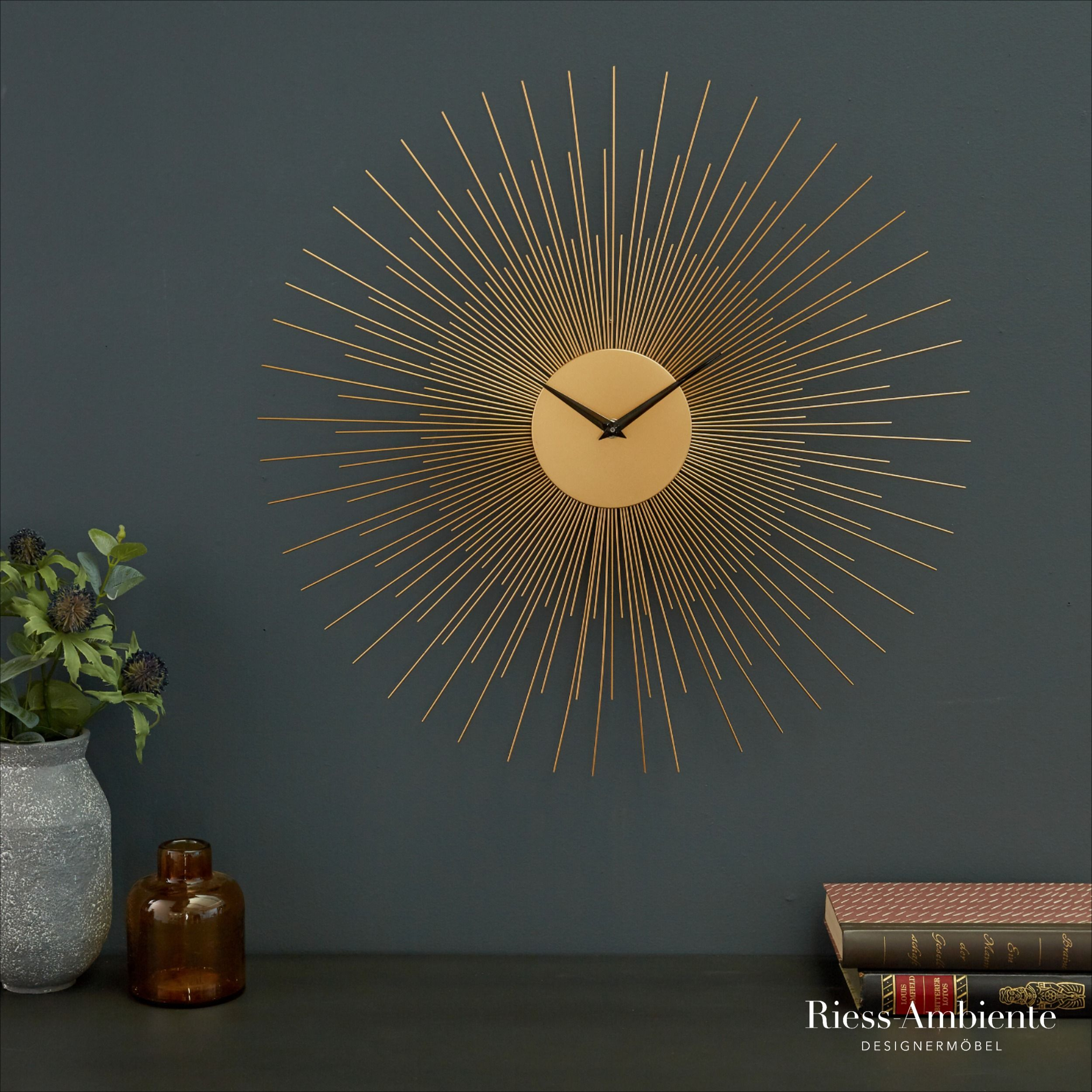 Extravagante Wanduhr Infinity Home 50cm Gold Wanddekoration In 2020 Wanduhr Wanduhren Wohnzimmer Wanddekoration