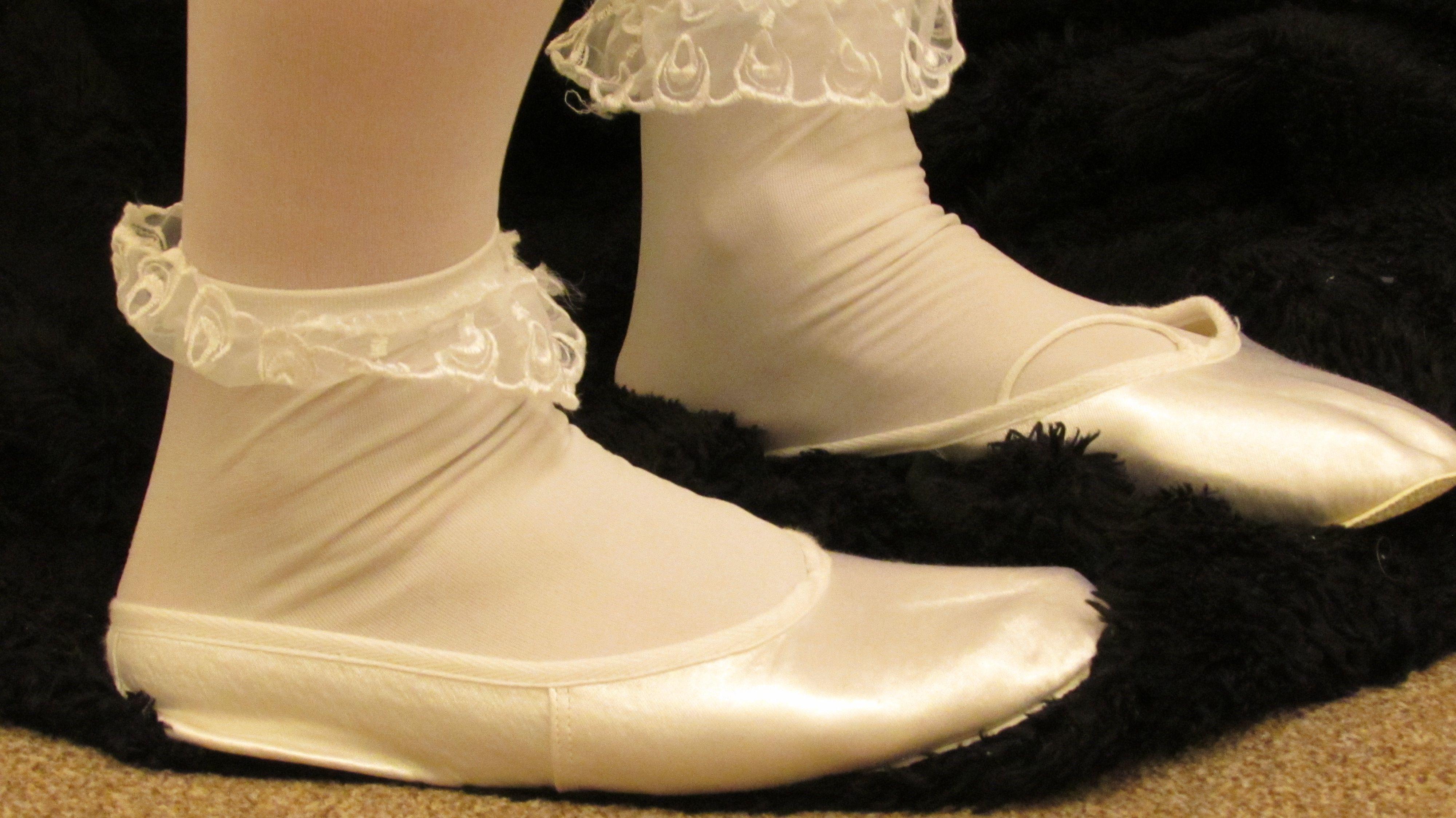 c69e9ff01 Extra sheer wedding tights