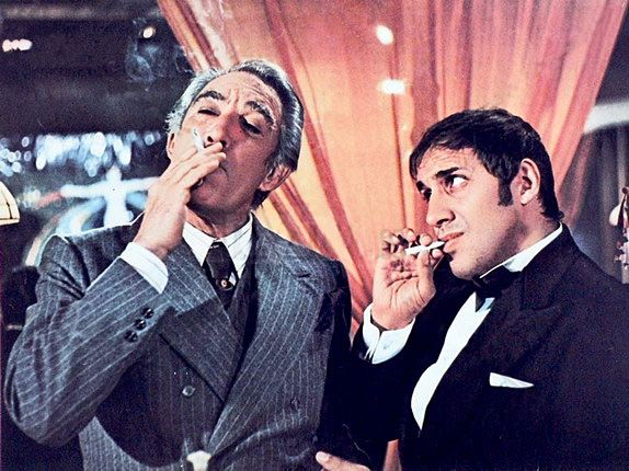 Anthony Quinn and Adriano Celentano in Bluff Storia di truffe e di imbroglioni 19761