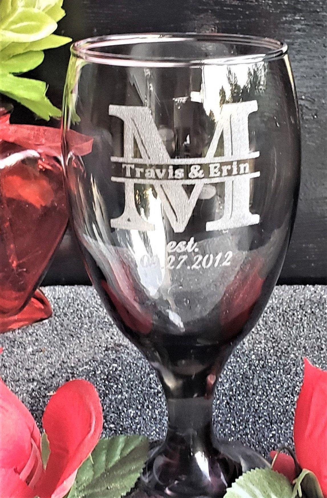 Mr /& Mrs Anniversary Laser Engraved Crystal Wine Glasses Gift Presentation Box