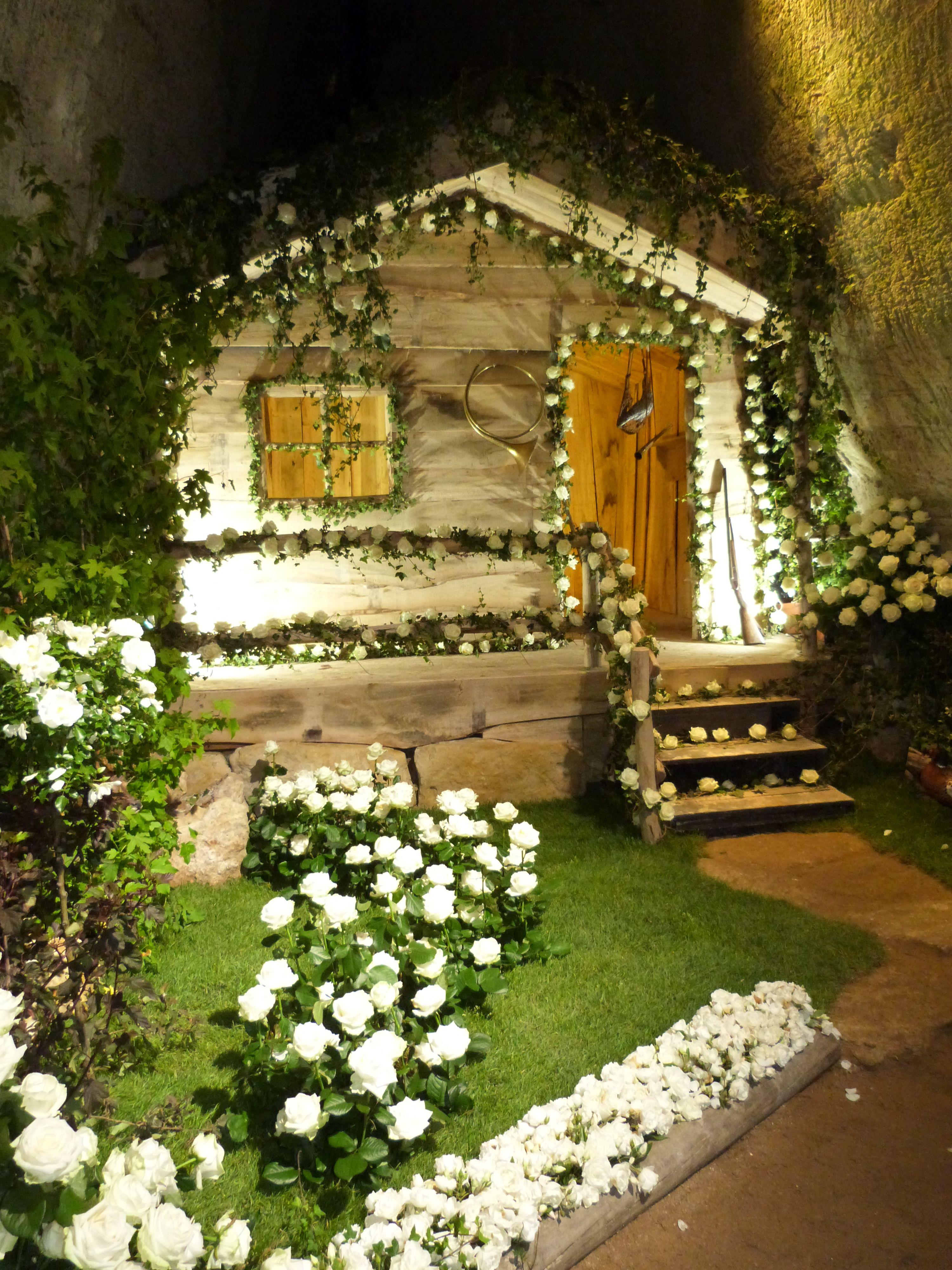 journ es de la rose dou la fontaine vakantie domaine. Black Bedroom Furniture Sets. Home Design Ideas