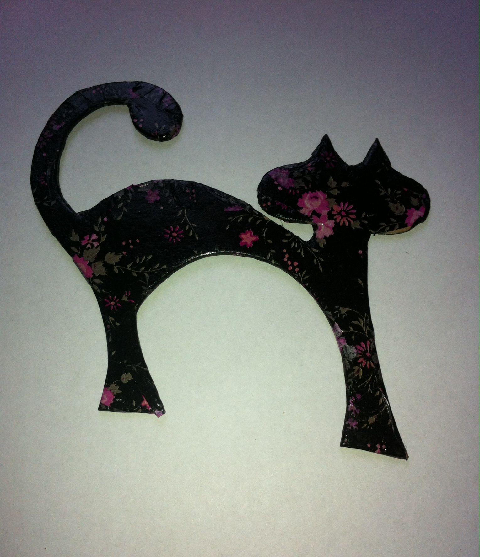Black/Pink Flower Cat Fridge Magnet #etsy, #MoggysMall, #cat, #fridge magnet, #decopatch