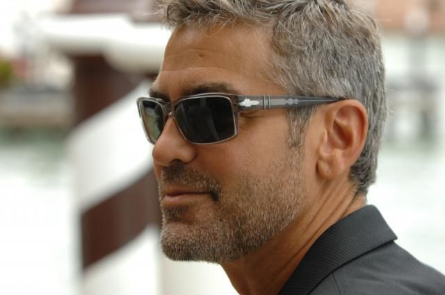 2ceb5b0017 George CLOONEY in persol  sunglasses  style www.foursunnies.com ...