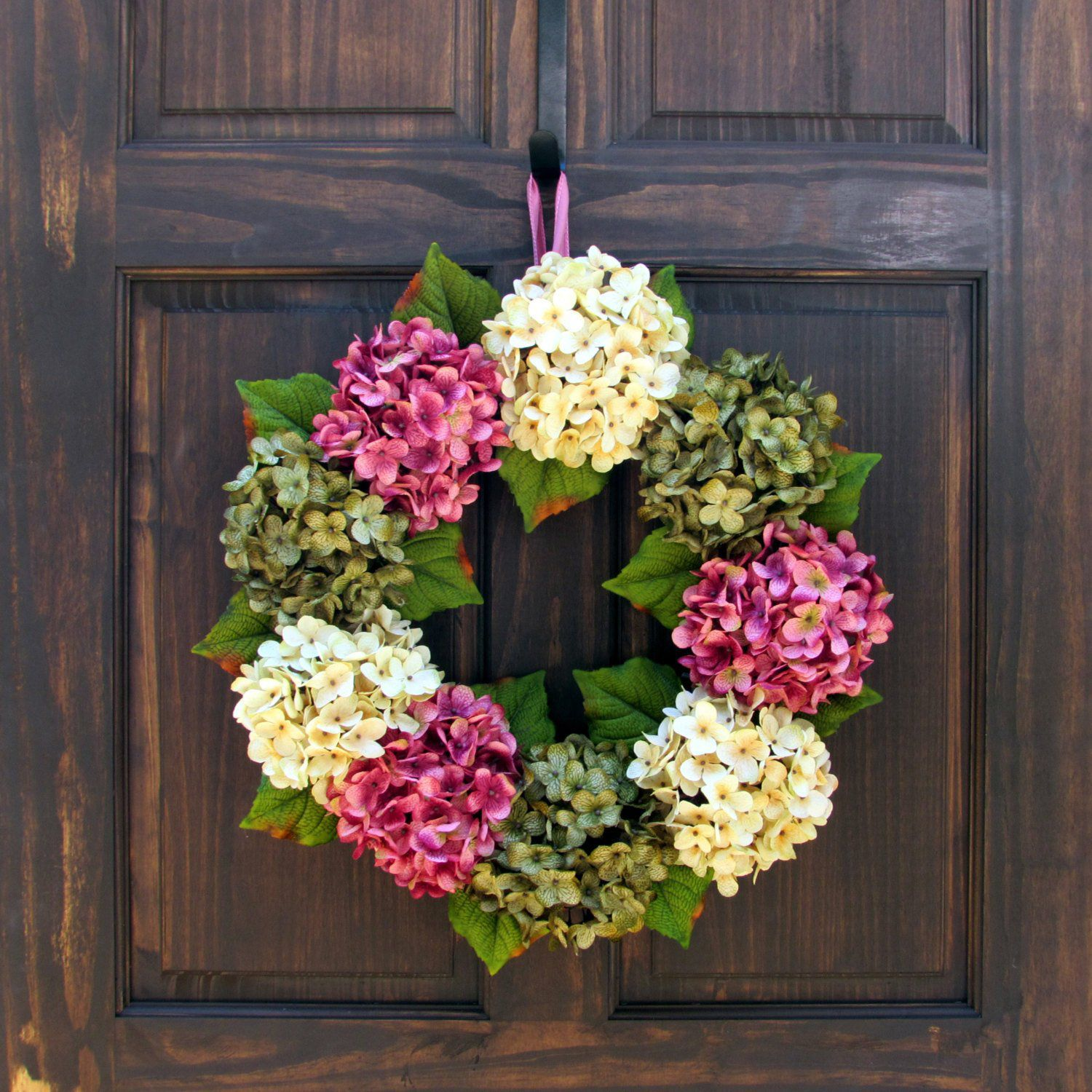 Photo of Colorful Easter Wreaths That Will Instantly Brighten Your Front Door