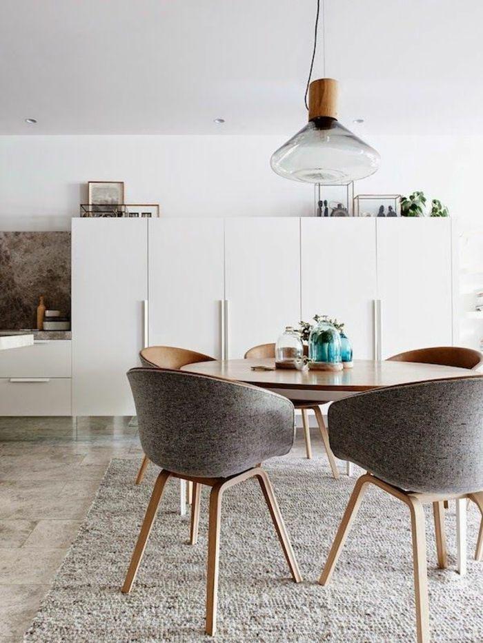 Voici la salle à manger contemporaine en 62 photos! | Chaise beige ...