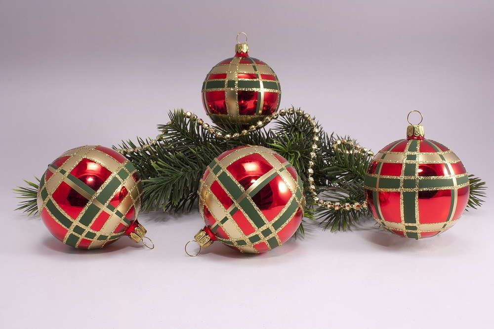Christbaumkugeln Hellgrün.4 Christbaumkugeln 6cm Rot Grün Kariert Lou Treasures Christmas